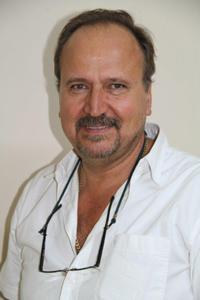 Dr Wihann Mouton